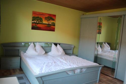 Hotel Pictures: Ferienwohnung Likedeeler, Pruchten