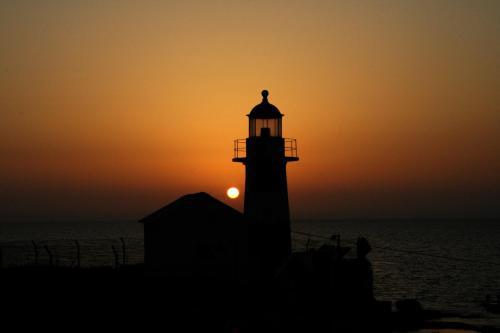 Lighthouse Suite - Acre