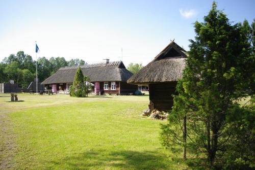 Hotel Pictures: Kase Holiday Center, Paiküla