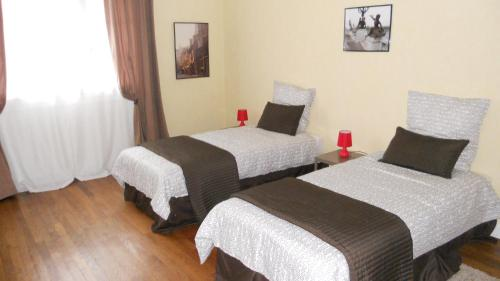 Hotel Pictures: Appartement Ilianah, Domfront