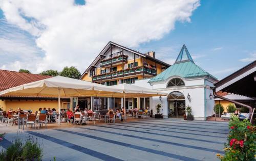 Hotel Pictures: Schmelmer Hof Hotel & Resort, Bad Aibling