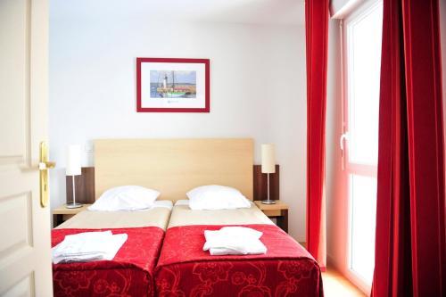 Hotel Pictures: Résidence Goélia La Grande Plage, Saint-Gilles-Croix-de-Vie