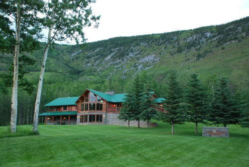 Hotel Pictures: , Toad River