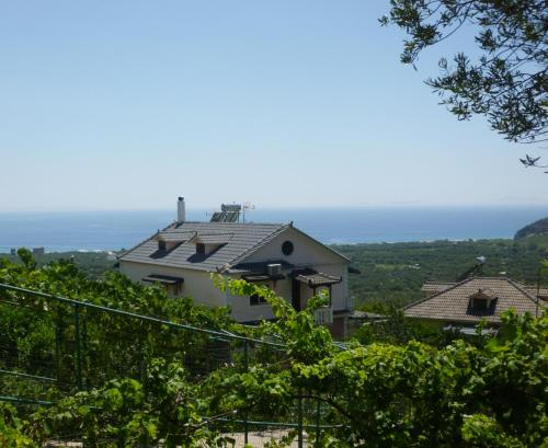 Fotografie hotelů: Vila Altini Borsh, Borsh