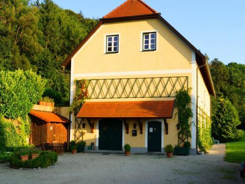 Fotografie hotelů: , Wald