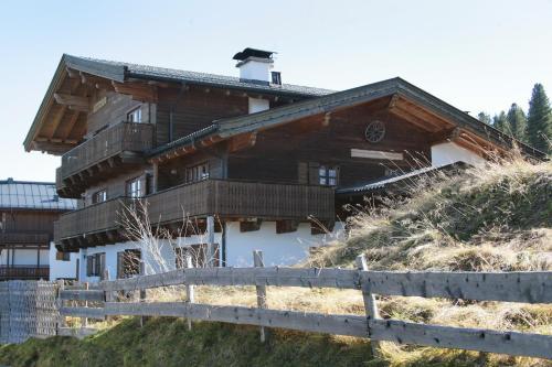 酒店图片: Staudis-Skihuetten, Krimml