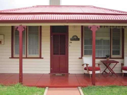 Hotellikuvia: Cottage at Willyama, Broken Hill