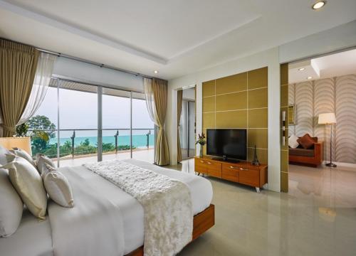 Royal Beach View