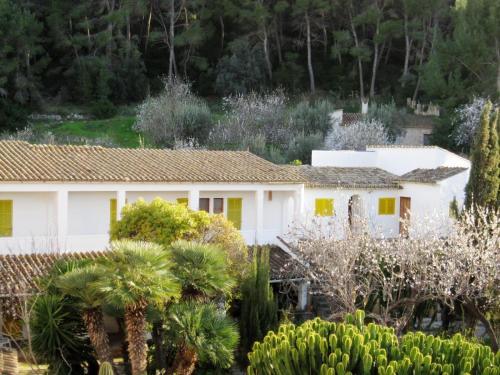 Hotel Pictures: Hostal Catalina Vera, Port d'Andratx