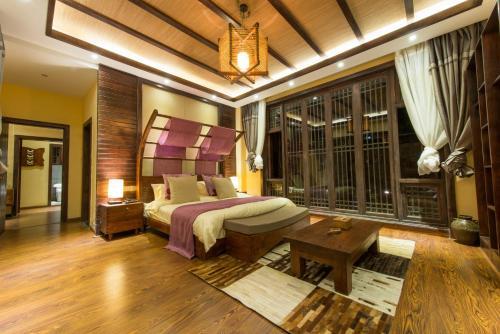 Hotel Pictures: Lijiang Spring Autumn Resort, Lijiang