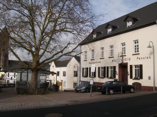Hotel Pictures: Ferienwohnung Am Markt, Dattenberg