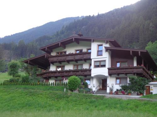 Fotografie hotelů: Haus Oblasser, Finkenberg
