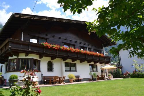 Hotellbilder: Gästehaus Falkner Dorli, Oetz