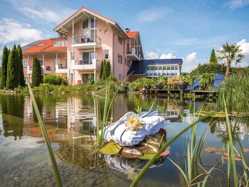 Hotel Pictures: Wellnesshof Blenk, Wertach