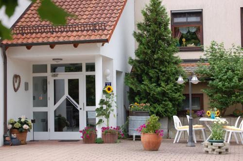Hotel Pictures: , Öschingen