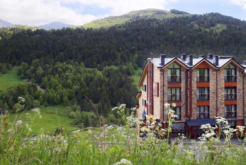Hotellbilder: Apartaments Els Llacs, Bordes d´Envalira