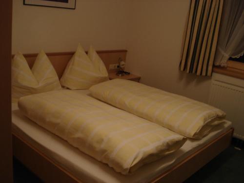 Hotellikuvia: Appartement Ebster, Pettneu am Arlberg
