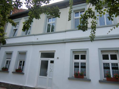 Hotel Pictures: Apartmenthaus Rosenflair, Schönebeck