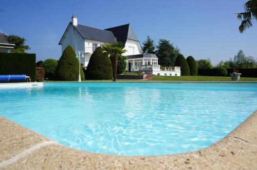 Hotel Pictures: , Chouzy-sur-Cisse