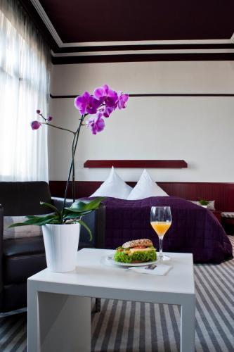 Hotel Pictures: , Baden-Baden