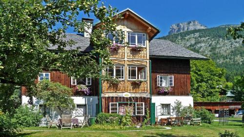 Foto Hotel: Helmgut Landhaus Kuftner, Altaussee