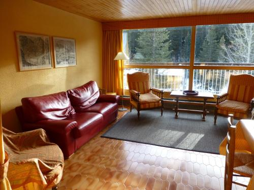 Hotel Pictures: Roc Sabal, Courchevel