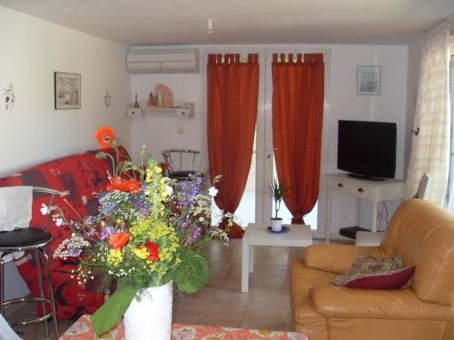 Hotel Pictures: Appartement Des Acacias, Anduze