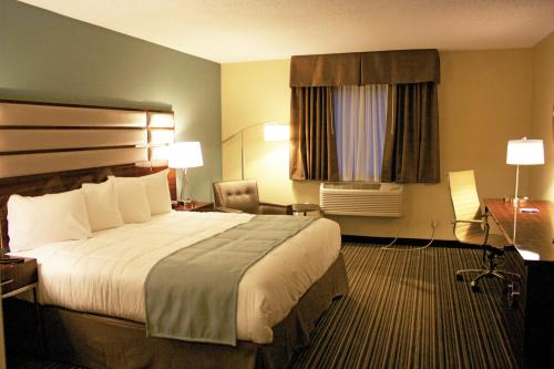 Baymont Inn & Suites Copley Akron