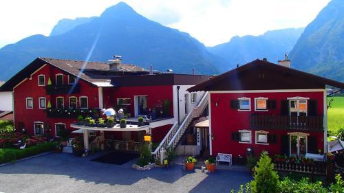 Hotellikuvia: Chalet-holidaysun, Golling an der Salzach