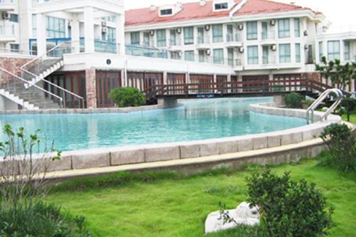 Hotel Pictures: Listening Rote Holiday Inn, Lianyungang