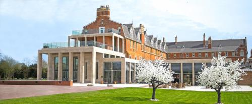 Hotel Pictures: Stanbrook Abbey, Worcester