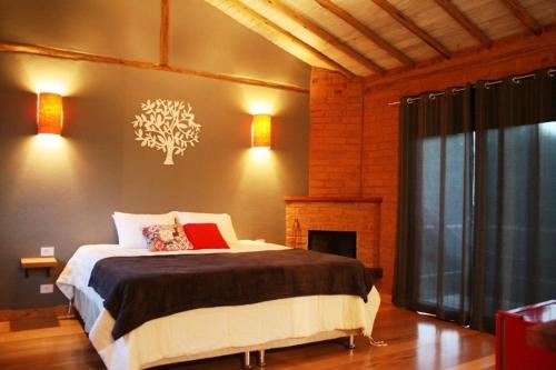 Hotel Pictures: Pousada Casa Campestre, Gonçalves