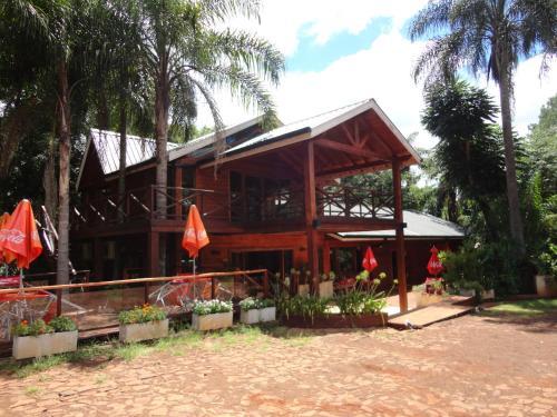 ホテル写真: Paraiso Lodge, Jardín América