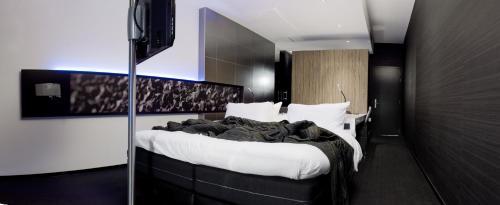 Фотографии отеля: Carbon Hotel, Генк