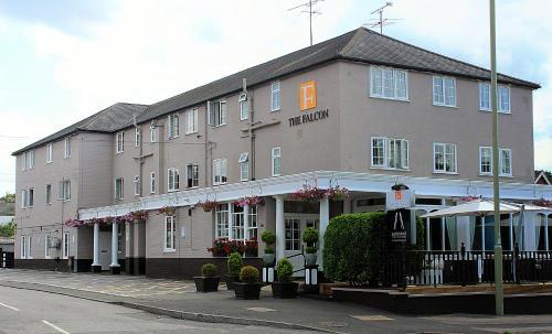 Hotel Pictures: , Farnborough