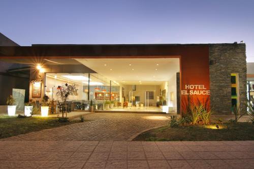 酒店图片: Hotel El Sauce, Santa Rosa de Calamuchita