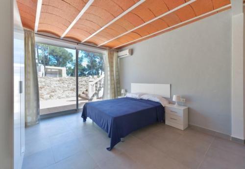 Six-Bedroom Villa in Santa Eulalia del Río with Pool