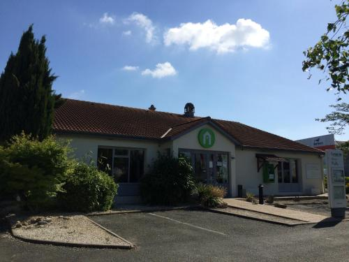 Hotel Pictures: , Tonnay-Charente