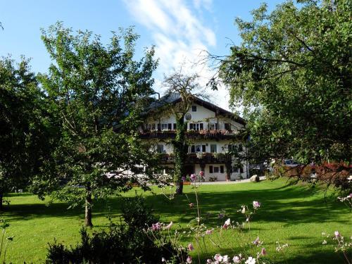 Hotel Pictures: Pension Lex, Bad Reichenhall