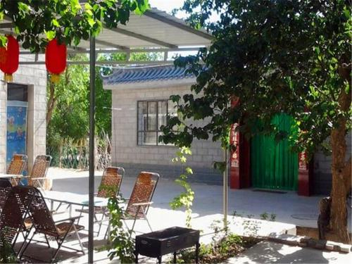 Hotel Pictures: Longxin Youth Hostel, Dunhuang