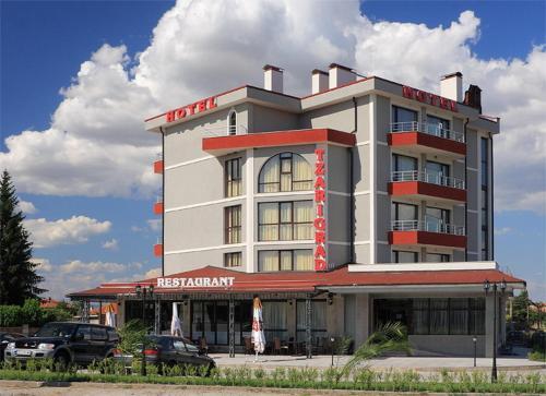 Hotelbilleder: , Pŭrvomay