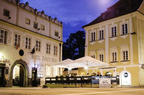 Hotel Zatkuv dum