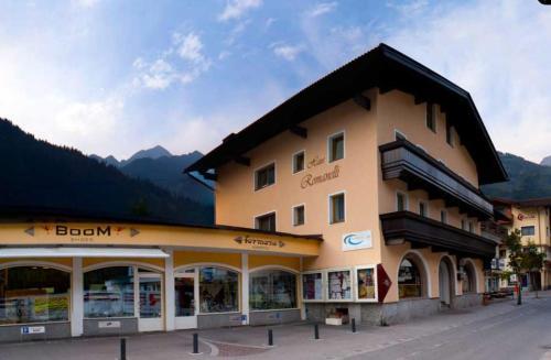 Apparthotel ederfeld mayrhofen informationen und for Apparthotel 92