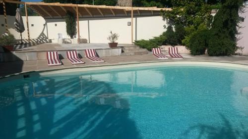 Hotel Pictures: , Saint-Hilaire-du-Rosier