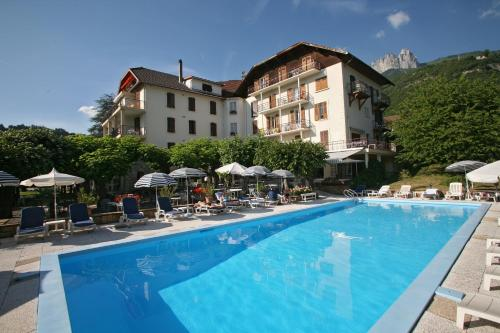 Hotel Pictures: Hotel du Lac, Talloires