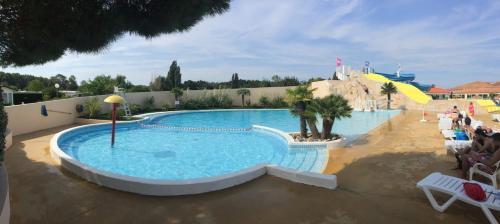 Hotel Pictures: Mobil Home Les Charmettes, La Palmyre