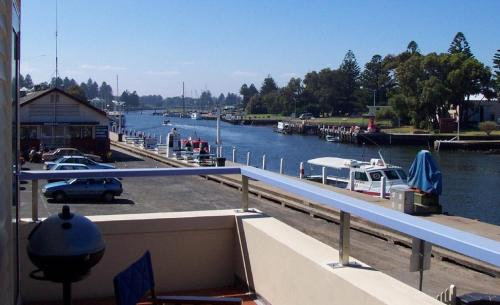 Dockside Waterfront Indulgence