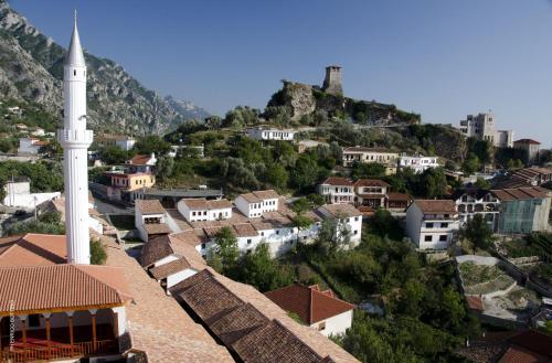 Hotellikuvia: Hotel Panorama Kruje, Krujë