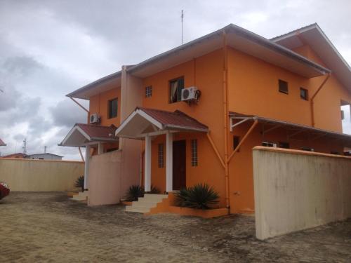 Hotel Pictures: Residences Marco Polo, Nzogobeyork