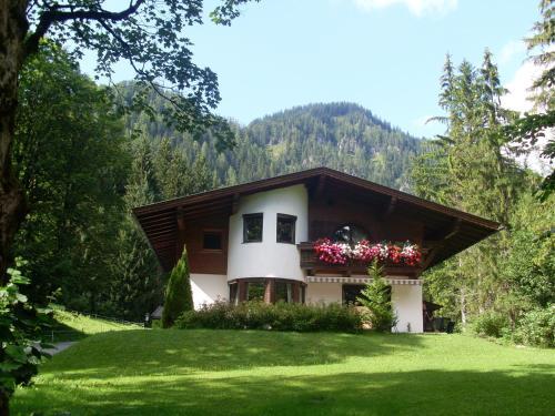 Photos de l'hôtel: Ferienwohnung Achten, Waidring